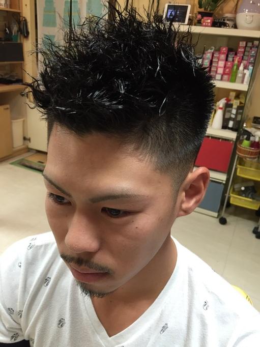 パーマ カッコいい 刈り上げ メンズ ツイスト スパイラル さいたま市 理容室 顔剃り